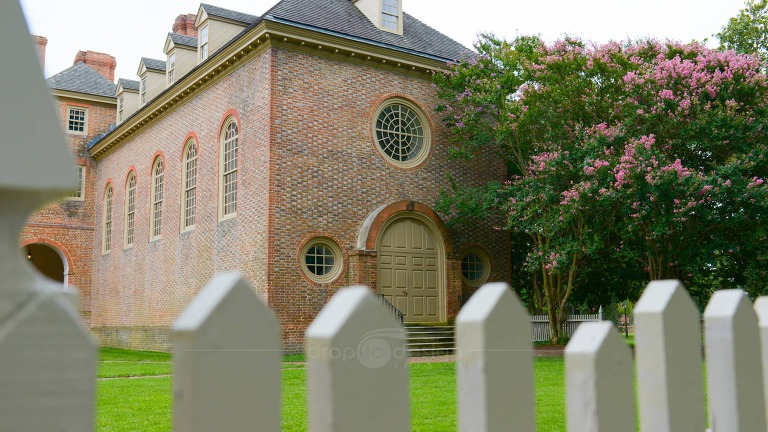 Video Hightlights And Images From The Wren Chapel At William